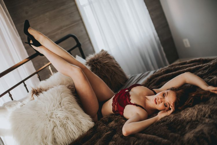 What to Expect During Your Boudoir Photo Shoot