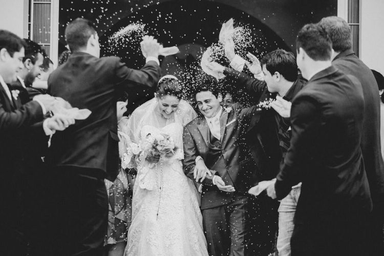 4 Musts For Choosing Your Wedding Photographer