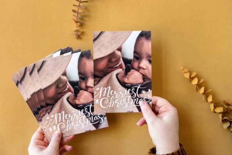 7 Different Ideas for Your Holiday Card Photo